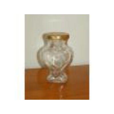 Szív formájú üveg 140 gr tetővel